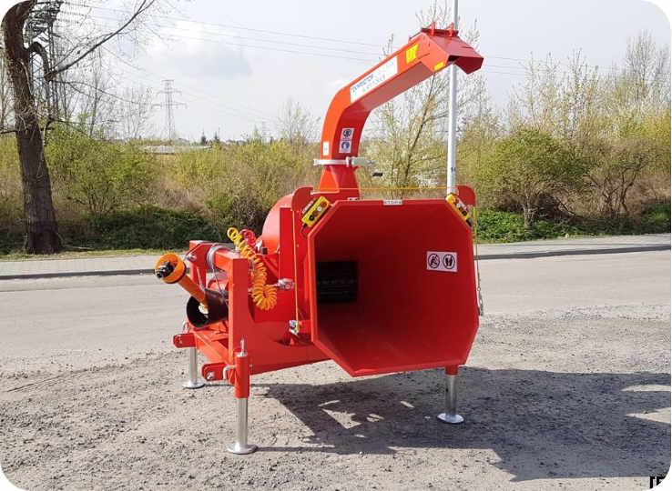 Astilladora de madera con toma de fuerza a tractor 250-R90