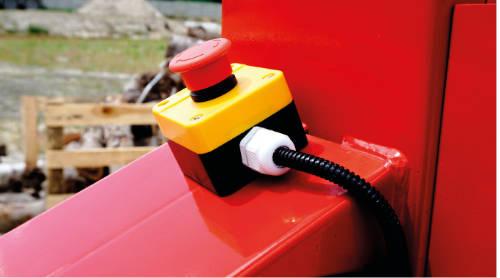 Detalle del pulsador de emergencia de las astilladoras con motor de gasolina